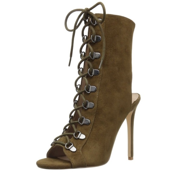 04051d96caa4 Steve Madden Kennee olive suede lace up heels 6.5.  M 5be9aa178ad2f9031b1eb331